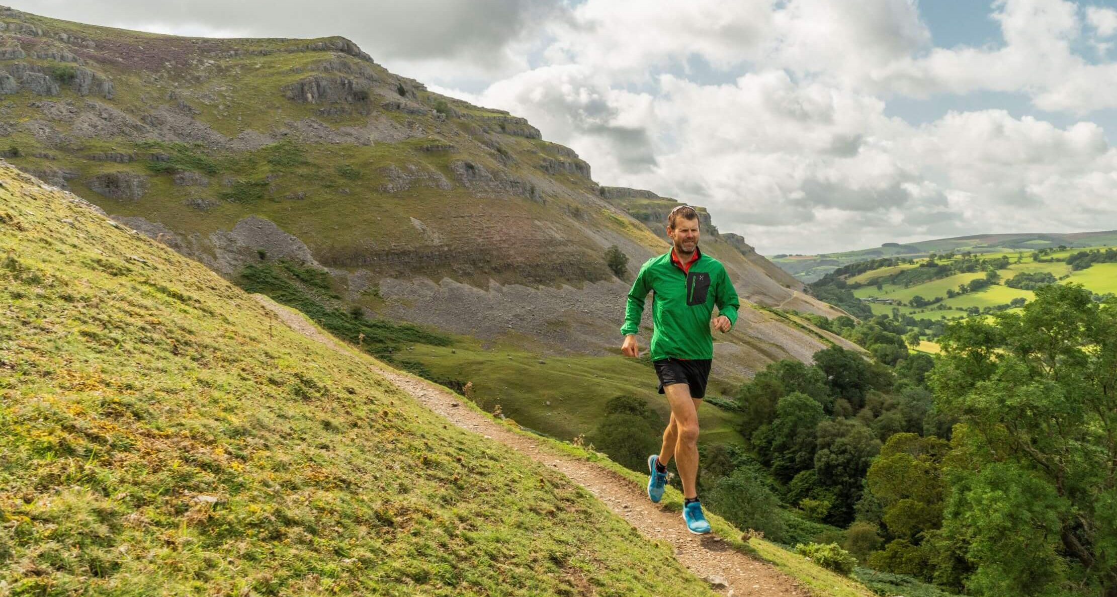 Tim Higginbottom running on a trail running camp in North Wales